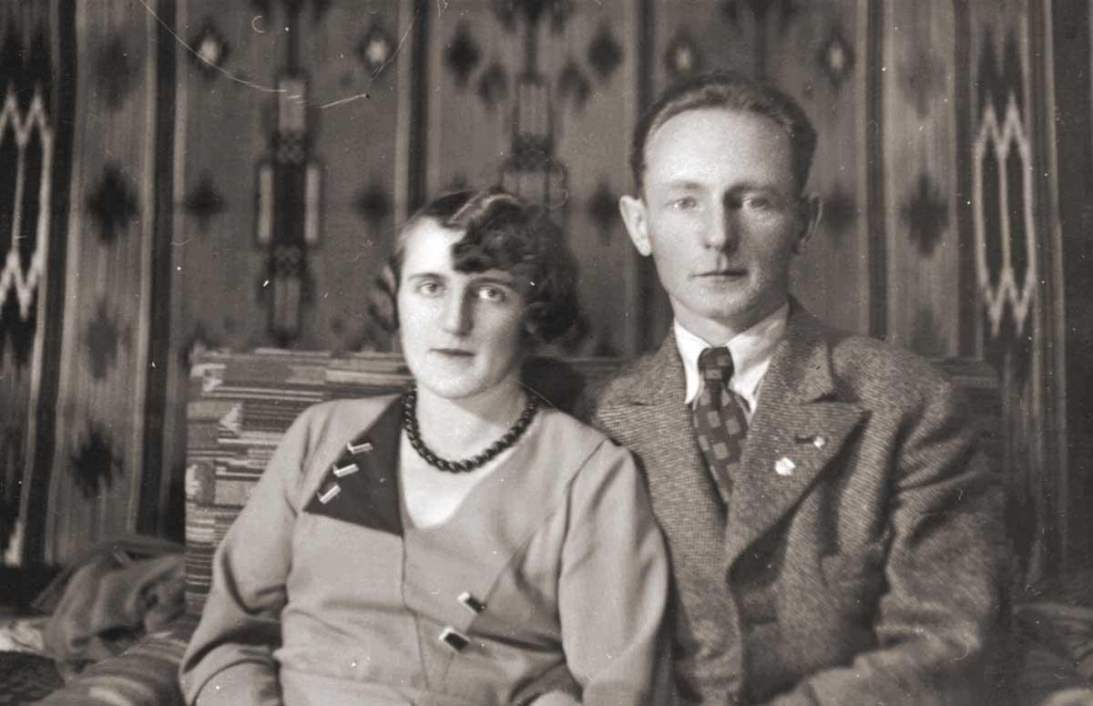 Wanda Gassowski, hermana de Estanislao, y su esposo. Ambos fueron fusilados por tropas alemanas en castigo a sus actividades en la resistencia polaca al invasor.