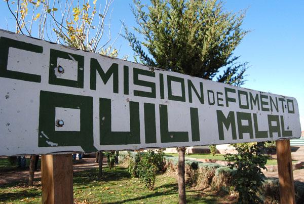 Quili Malal es un paraje rural del departamento Picunches, en el centro de la provincia del Neuquén, Argentina.