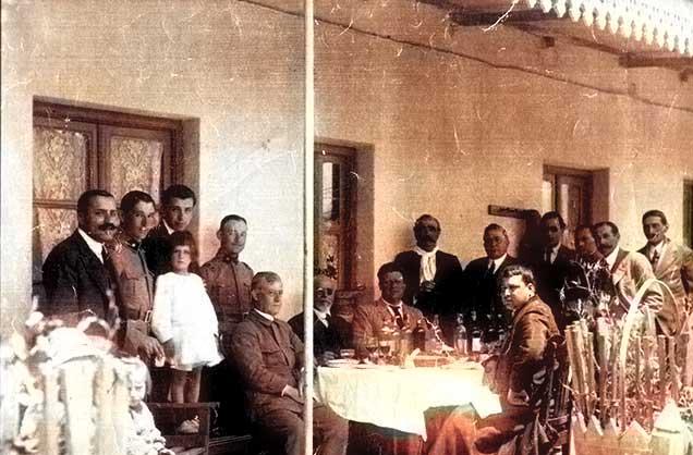 Zapala - Familias Etcheluz y Quezada - 1922 Foto Gentileza Museo Municipal de Zapala