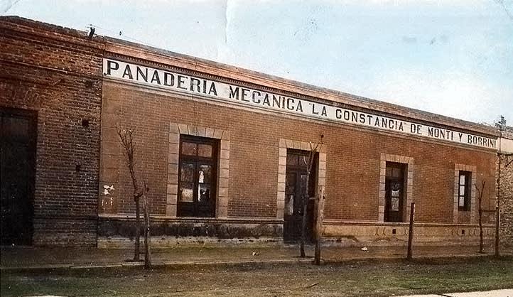 Zapala - Panaderia Mecánica La Constancia, de Monti y Borrini - 1927 Foto Gentileza Museo Municipal de Zapala