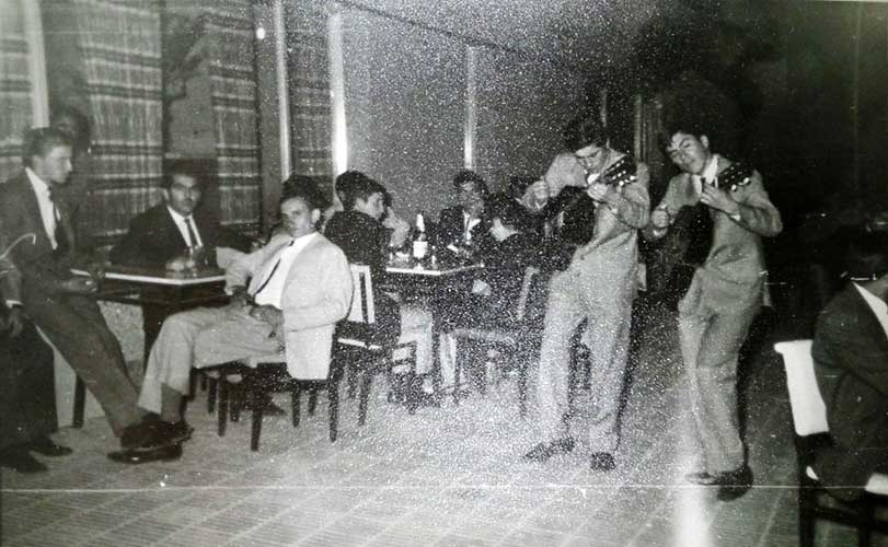 Los mellizos Pehuenches, de Plaza Huincul, en Sayonara