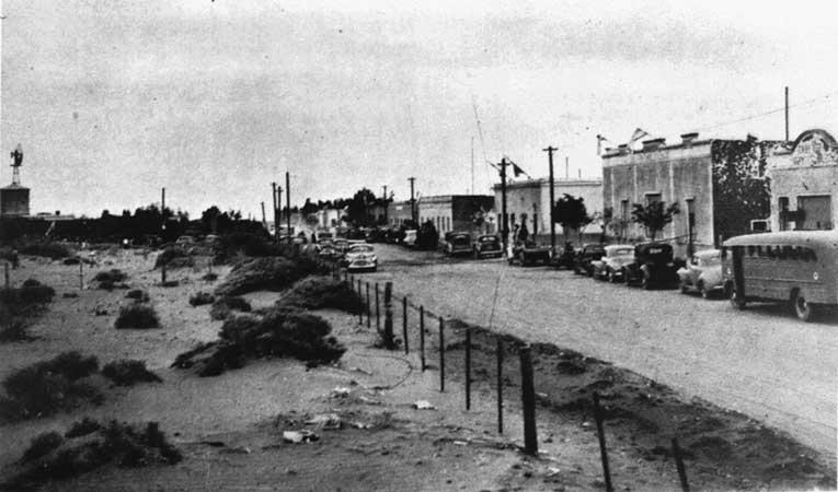 Plaza Huincul en la década del 40