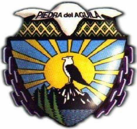 Escudo de Piedra del Águila y del departamento de Collón Curá