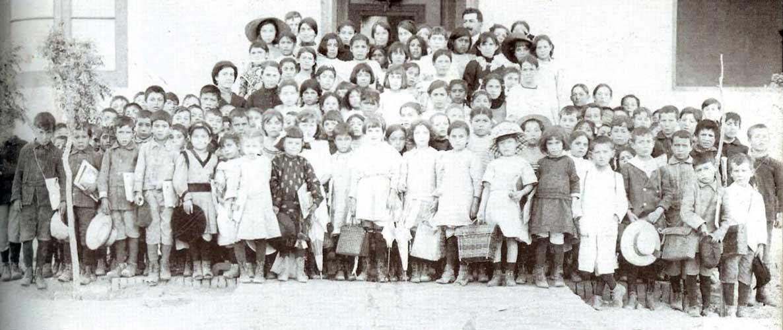Autor desconocido, ¿Vamos a la escuela?, 1913. Sistema Provincial de Archivos.