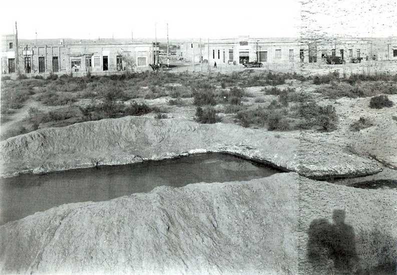 utor desconocido. Mirando hacia el Bajo, 1910. Archivo Histórico Municipal.