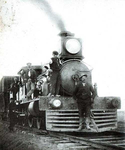 Autor desconocido. Con la máquina, 1910. Colección Aníbal Beltrame.