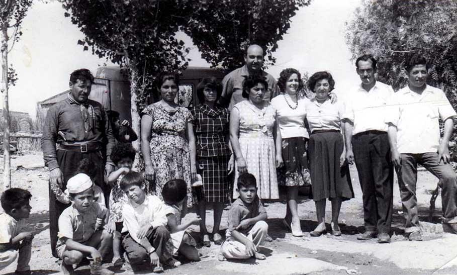 Familias Vega y Sepúlveda. Pito Vega fue quien anunció en el pueblo la tragedia de la balsa.