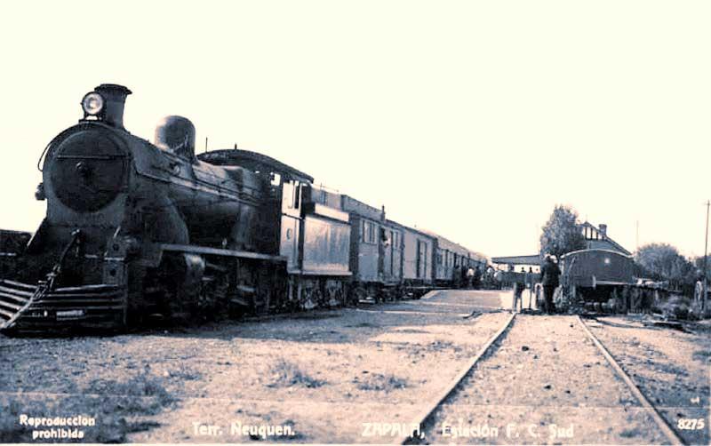 Estación Zapala del Ferrocarril Sud a Neuquén.