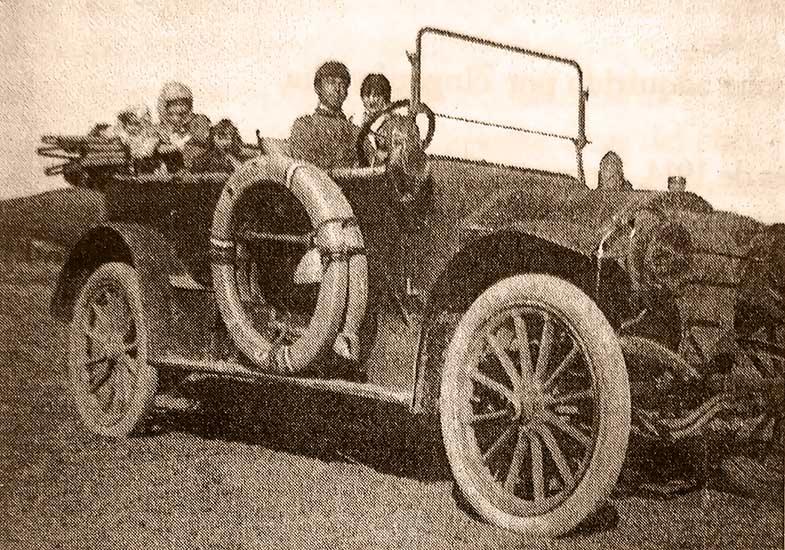 Mercedes Benz doble faetón, 1912. Al volante Emilio Maccarini.