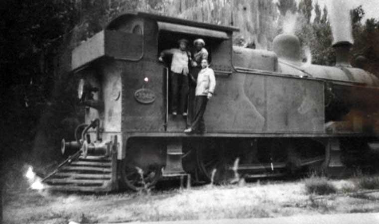 1901 - Primera formación arriba a la estación Limay luego de probar la resistencia del puente.