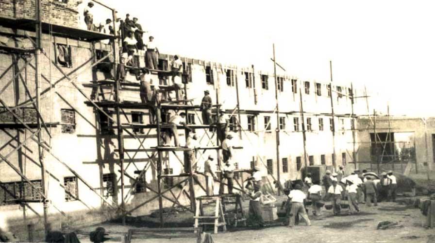 Construcción de los nuevos pabellones año 1948
