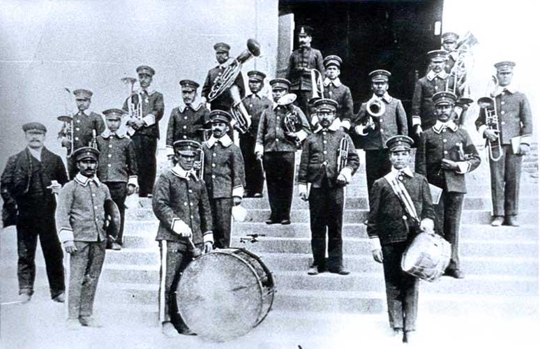 Primera Banda de Música de la ciudad de Neuquén integrada por internos de la Cárcel Nacional