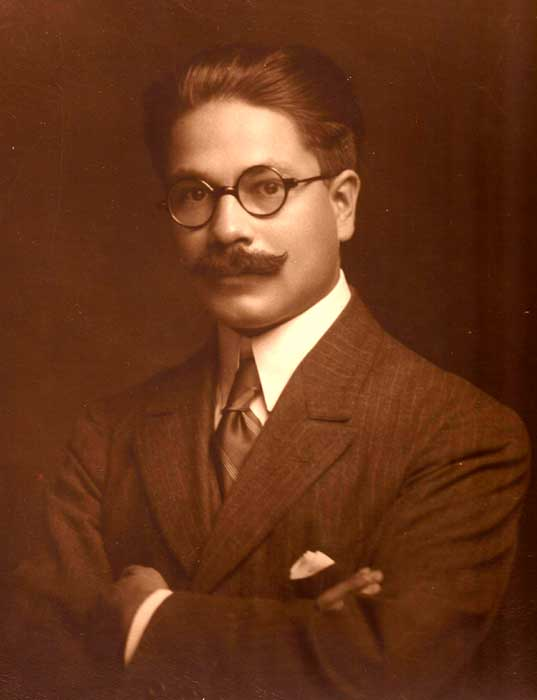 Gregorio Álvarez estudiante de medicina.