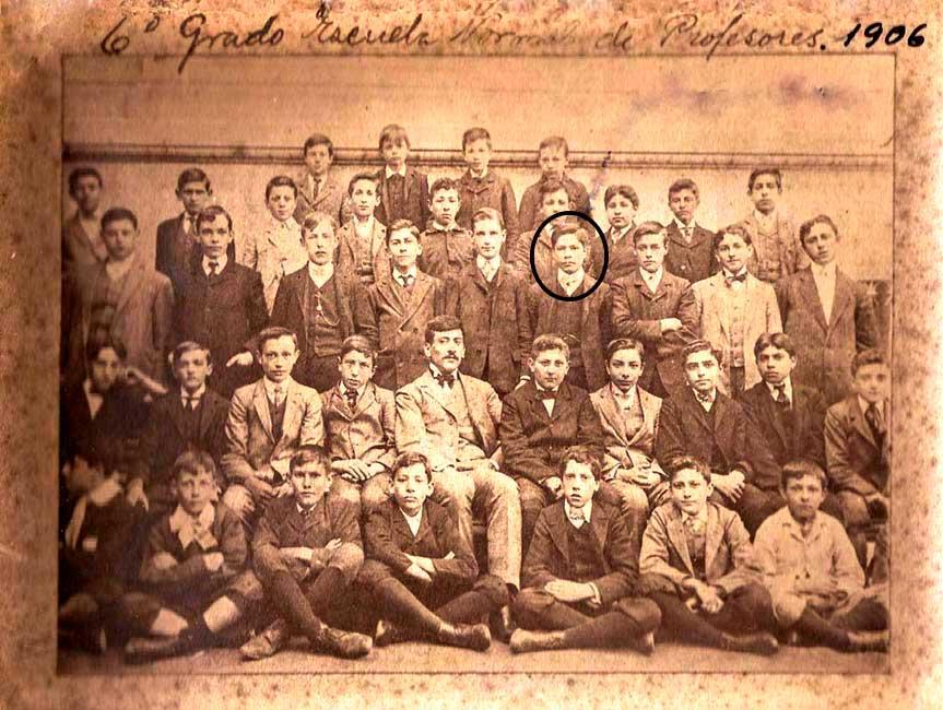 Gregorio Alvares - Sexto grado - Escuela normal de profesores - 1906
