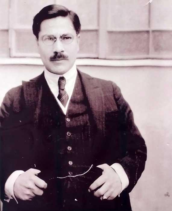 Gregorio Álvarez, el primer neuquino en recibirse de médico.