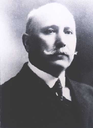 Pedro Linares - Presidente del Concejo Municipal
