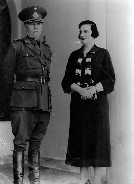 Coronel Carlos H. Rodríguez y esposa - 1934 -