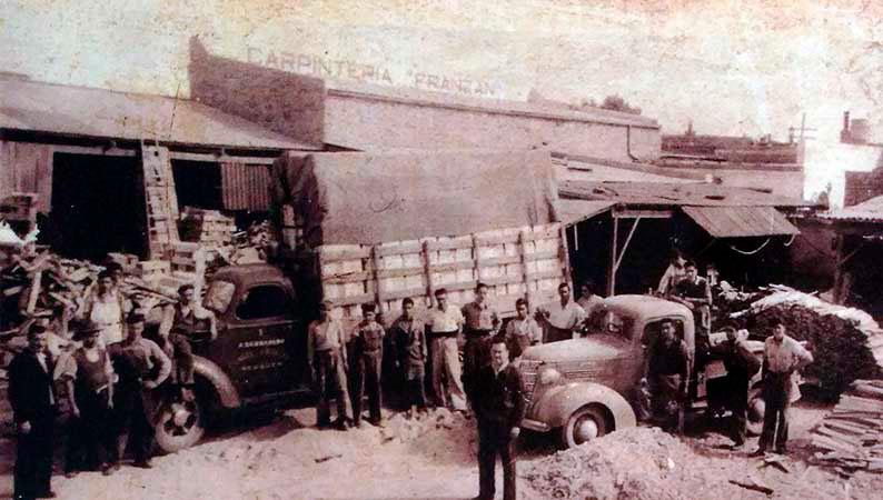 Carpintería Franzán. Ángel Marcos Franzán, oriundo de Zugliano (Vicenza), llegó a la Argentina en 1927 para instalarse primero en Villa Regina, y luego en Neuquén.