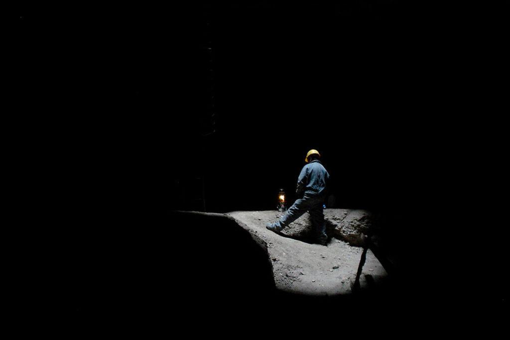 """Explotación subterránea de arcillas. Mina """"Don Franco"""", provincia del NeuquénExplotación subterránea de arcillas. Mina """"Don Franco"""", provincia del Neuquén"""