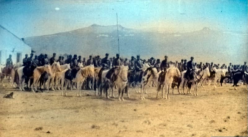 Ñorquín - Regimiento nº 5 en formación