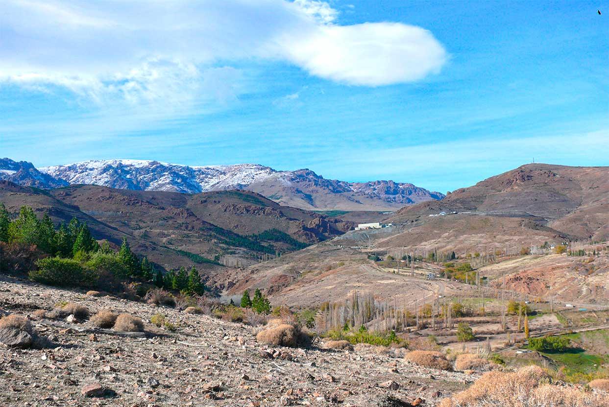 Yacimientos de oro y plata en la cordillera del Viento, provincia del Neuquén.