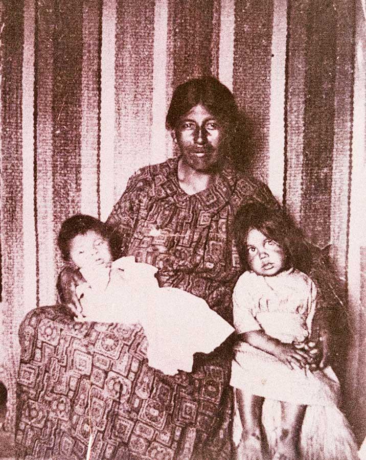Sheipukiñ, con Ambrosio y Elena