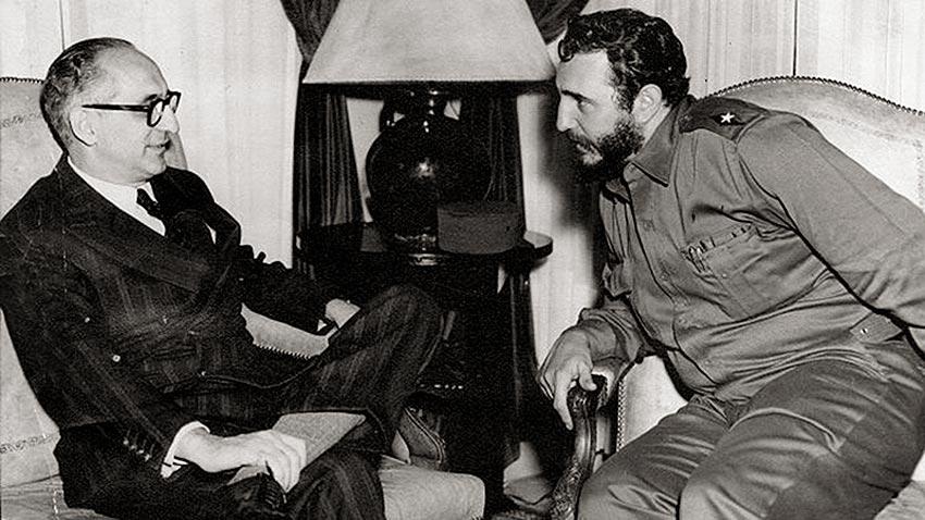 Arturo Frondizi y Fidel Castro