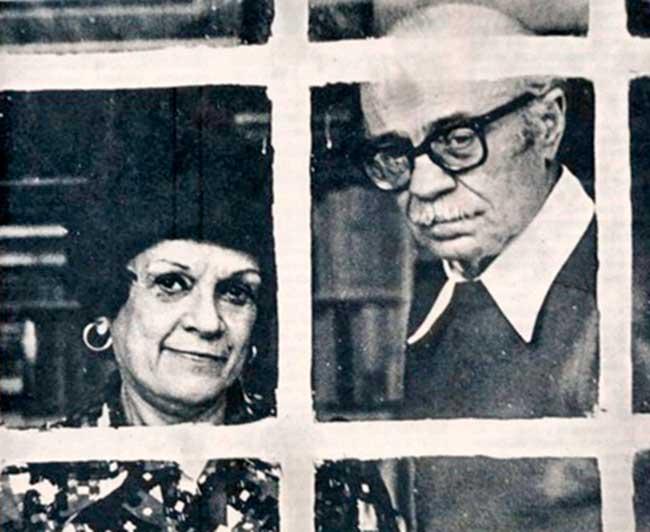 Matilde y Ernesto Sabato en la casa de Santos Lugares
