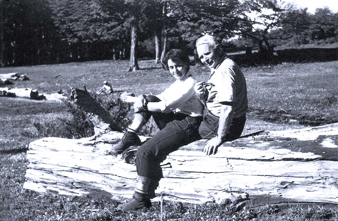 Carlota Thumann y Don Sergio en Pucará. Foto de Archivo Thumann.